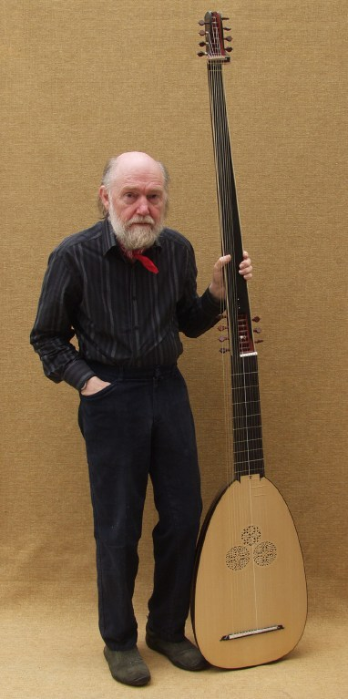 David with theorbo